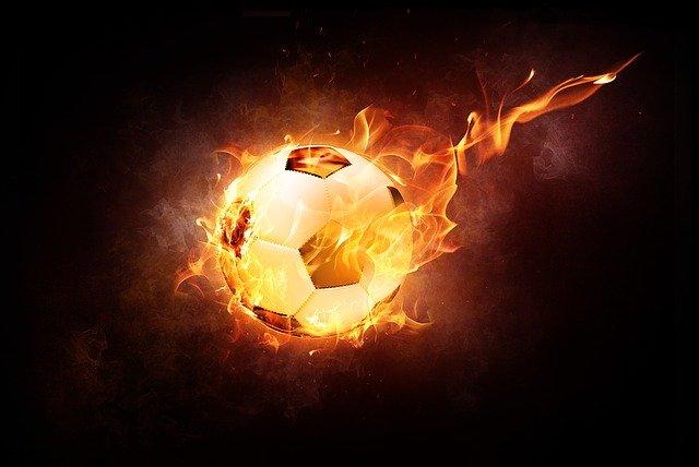 míč v plamenech