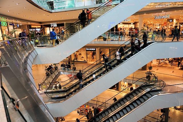 Nákupy v nákupním centru